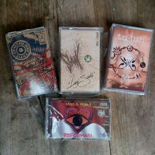 Kaset SLANK Album Tujuh,  Mata Hati Reformasi,  Generasi Biru,  Lagi Sedih