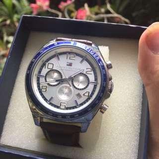 tommy hilfiger watch blue edition 2017 baru pake bntr! jual murah rugi