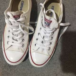 Converse Chuck Taylor's - White Ankle