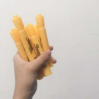 Banana Yellow Sharpies