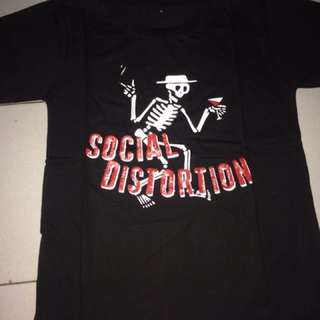 Kaos Social Diatortion