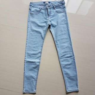 BN PULL AND BEAR JEANS MID WAIST EURO 38 FITS UK 8-10