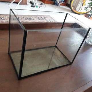 Fish Tank ( 1ft )