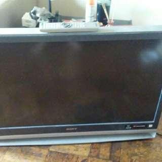 39 Inch Sony TV