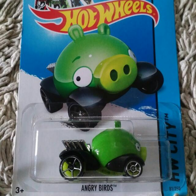 Angry Bird Minion With Wheels