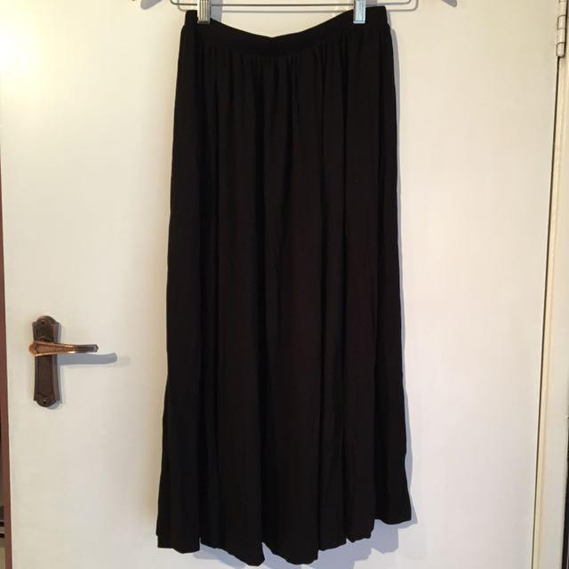 ASOS Black Midi Skirt Size 6L