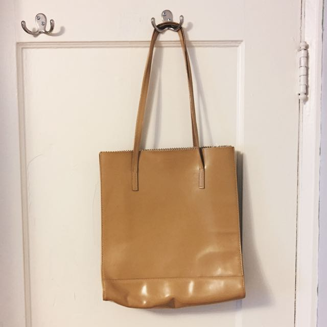 AUTHENTIC Kate Spade Tote (Reduced Price)