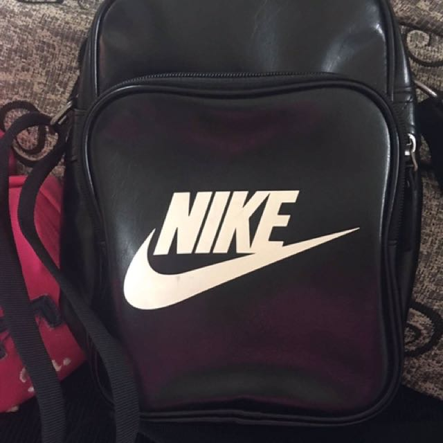 Authentic Nike Heritage Bag