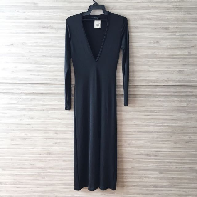 BNWT Mphosis Deep Plunge Black Dress