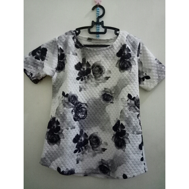 flower top grey fit to L