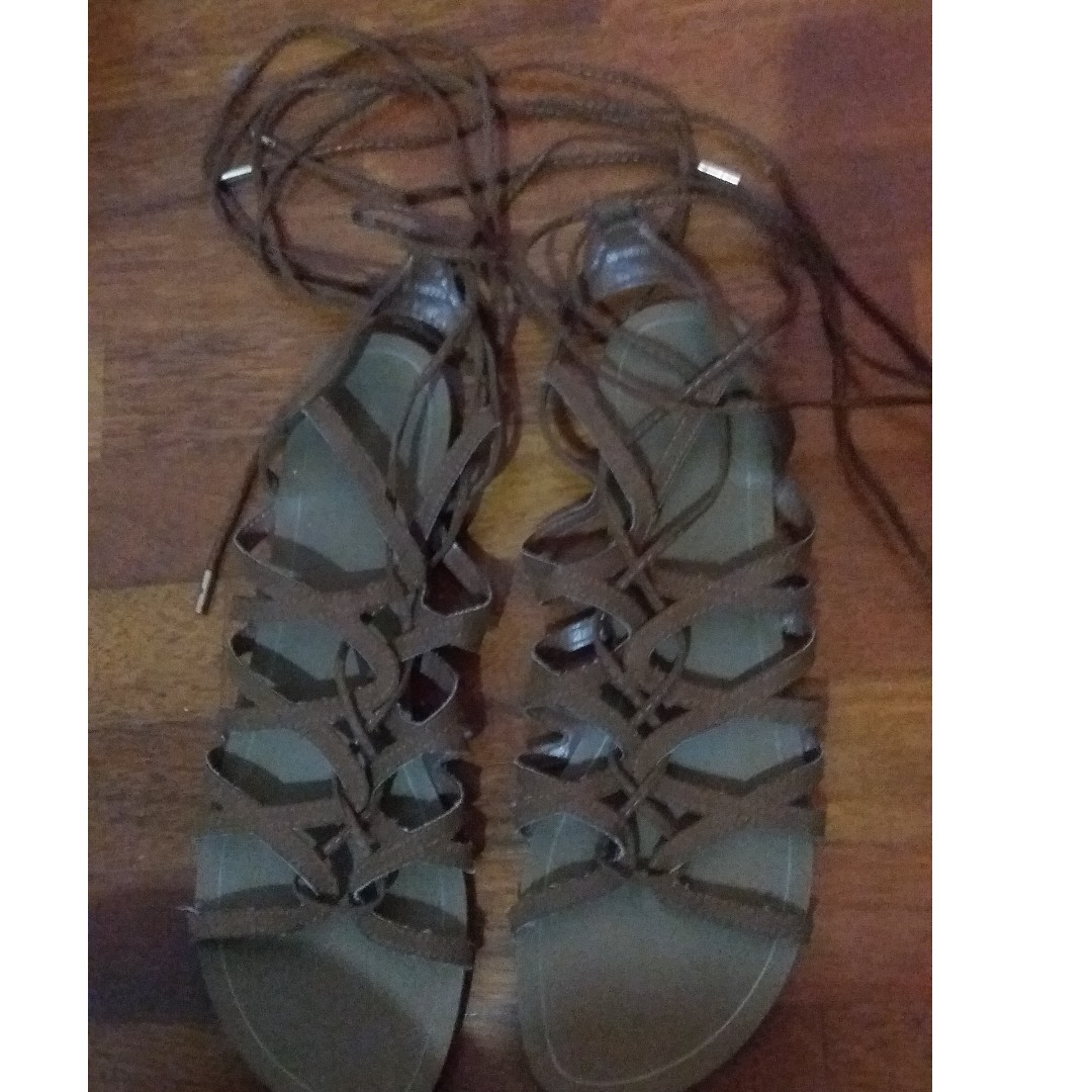 239eba262cff Forever 21 Faux Suede Lace-Up Gladiator Sandals