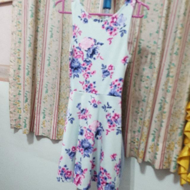 H&M Blue Tiffany Floral Dress