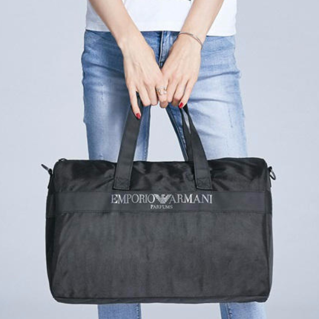 89117050665 Instock 💌 EMPORIO ARMANI Parfums Duffel Travel Bag (Black)  GWP  + ...
