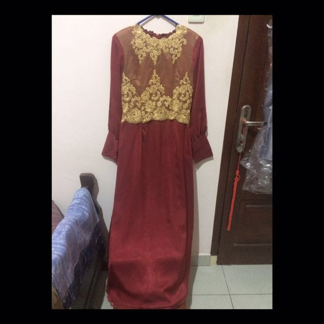 Long dress / gamis maroon gold