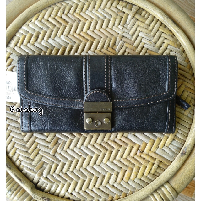 NEW Fossil VRI Wallet
