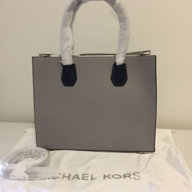 c9e13f697cdc NWT Authentic Michael Kors Mercer Large Leather Tote
