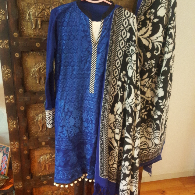 Pakistani 3 Piece Sana Safinaz Suit