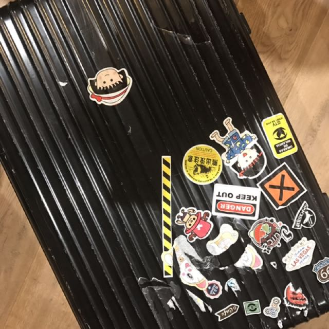 Pully travel Luggage case