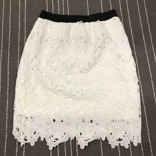 日本品牌Retro Girl日系風 白色花編膝上裙