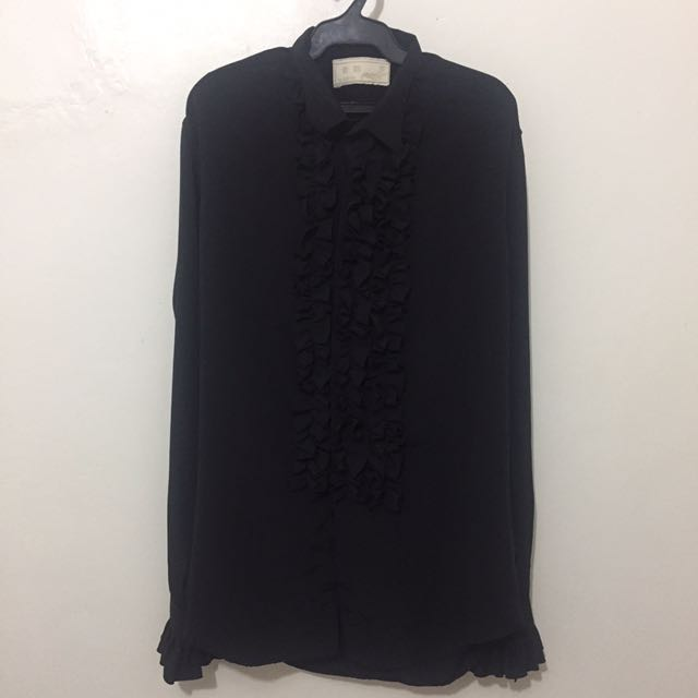 Ruffled Black Longsleeves