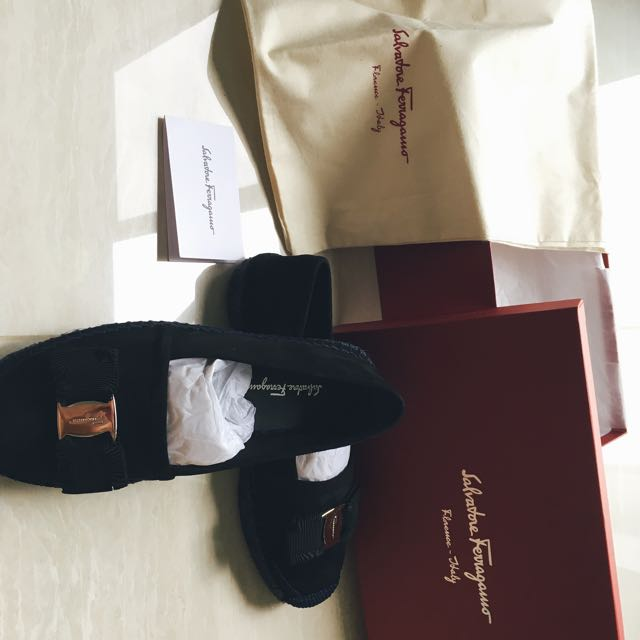00470ebf5 Ferragamo Espadrille, Women's Fashion, Shoes on Carousell