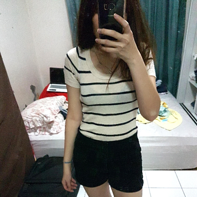 (SET) Stripes Top & High Waist Short