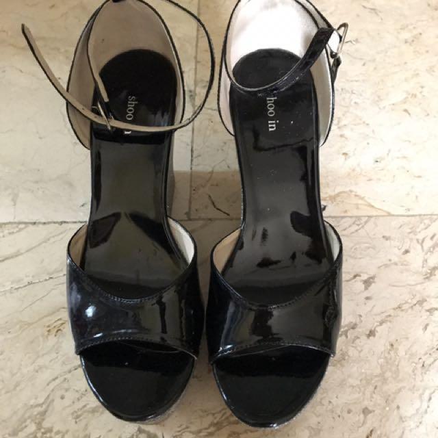 Shoo In Black Sandals Wedge
