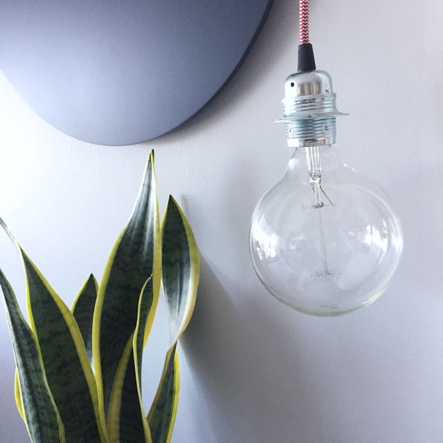 Suspension Lamp With Edison Globe