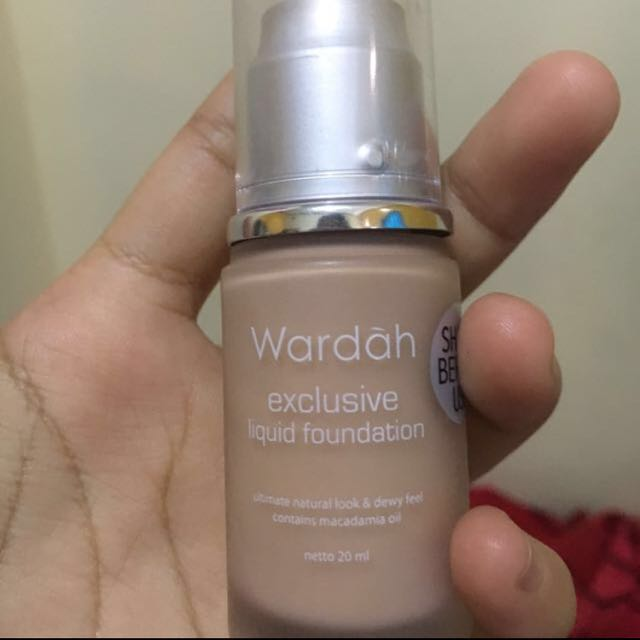 Wardah Exclusive Liquid Foundation Shade 03 (Sandy Beige), Health & Beauty, Makeup on Carousell