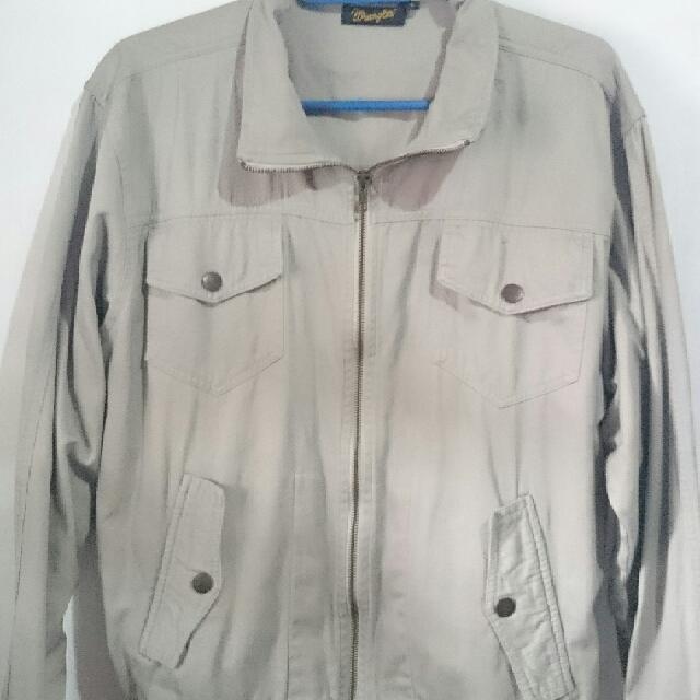 Wrangler Jacket  size: Large