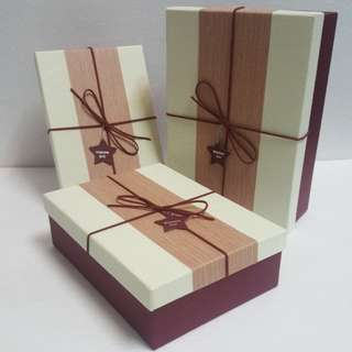 Gift Box, with Suede String & Star Tag detail ↪ Rectangle 🎁🎁  💱 (S) $8.90 to (L) $12.90 Each Piece