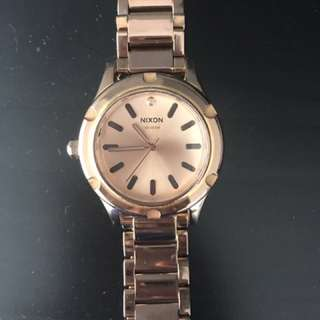Nixon  The Camden Oversized Rose Gold watch