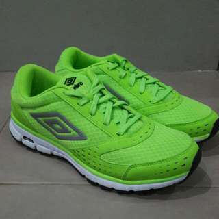 REPRICED! Umbro Neon Green Running Shoes (Size 8.5)