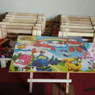 meja lipat bahan kayu Rp. 15000 sisa 4pcs