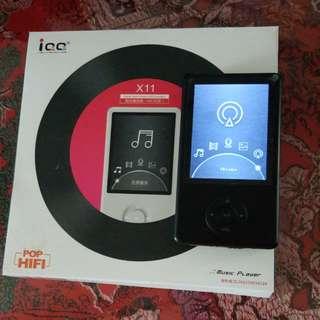 iQQ POP HIFI MUSIC PLAYER X11 16GB BRAND NEW  FM TF   NO BLUETOOTH