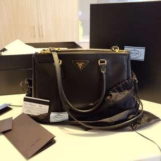 Prada Saffiano leather In Black