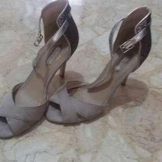 Sepatu Dorothy Perkins