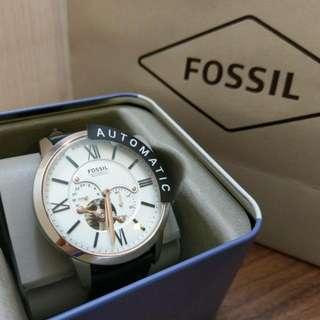 🚚 FOSSIL   TOWNSMAN 系列皮革自動手錶—黑