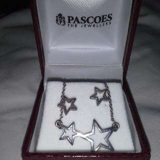 Star earrings & necklace set
