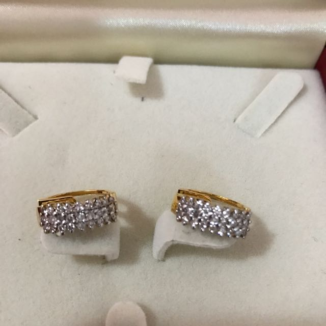 14k Gold Earrings With Diamonds