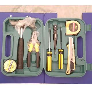 Repairing Tool Box Set Medium Size Screwdriver Wrench Pliers Blow case Test pen