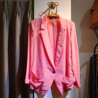 椿花二手衣-超亮眼螢光粉紅西裝外套-歐美