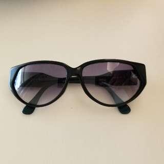 Jean Patou 墨綠色太陽眼鏡