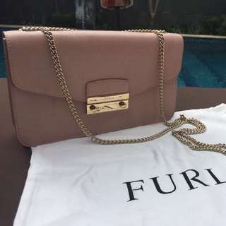 [preloved] FURLA Julia Women Small Leather Pochette Bag
