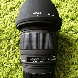 Sigma 20mm F1.8 EX DG (A-mount)