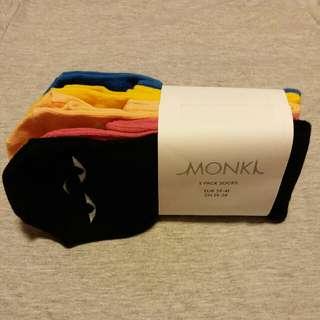 🆕 Monki 5 pack socks