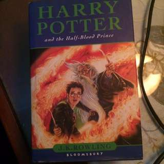 HARRY POTTER and The Half-blood Prince (JK Rowling)