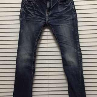 二手 帥氣 個性 刷白 微破壞 裝飾車縫線條 雙口袋 修身 抓皺 長褲 牛仔褲 性感低腰 丹寧長褲