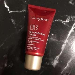 Clarins Paris - BB Skin Perfecting Cream SPF 25