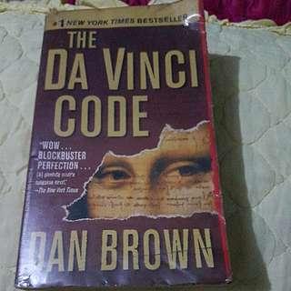 The Da Vinci Code (Dan Brown)